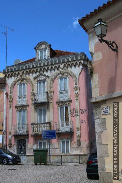 Maison d'Art Nouveau rose. Photo © André M. Winter
