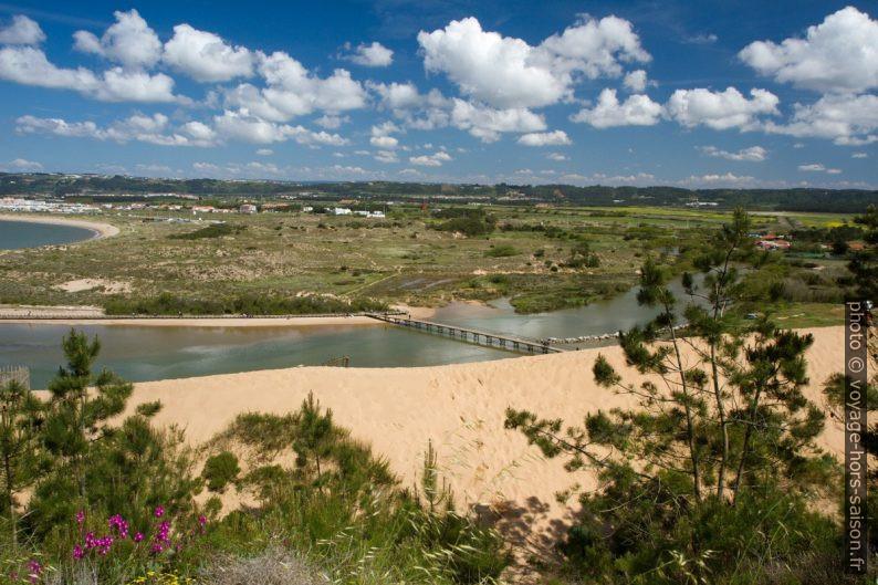 Dune de Salir do Porto et l'embouchure du Rio Tornada. Photo © Alex Medwedeff