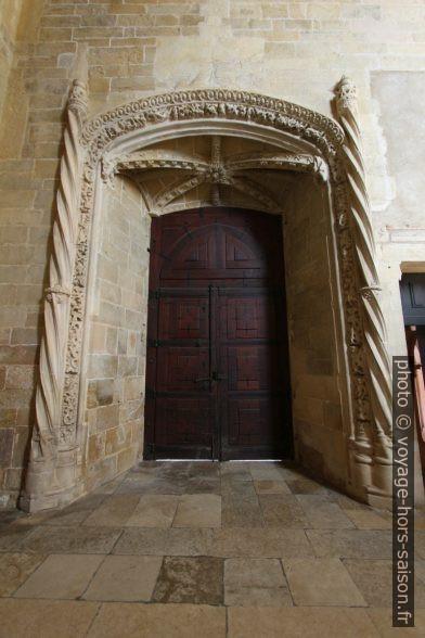 Porte manuéline de l'église du Couvent de l'ordre du Christ. Photo © André M. Winter