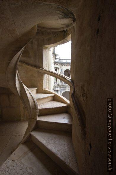 Un escalier hélicoïdal du Cloître de Jean III. Photo © André M. Winter