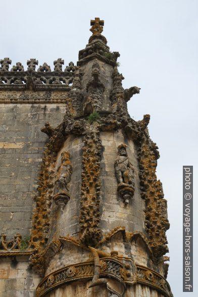 Décor extérieur de la nef de l'église manuéline du Couvent de l'ordre du Christ. Photo © Alex Medwedeff