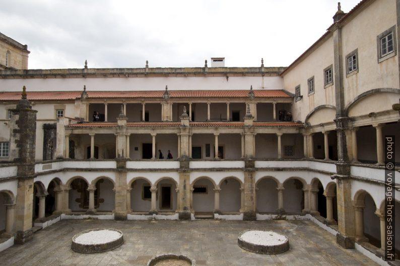 Claustro da Hospedaria. Photo © André M. Winter