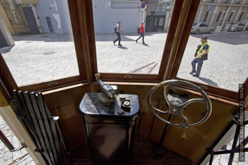 Vue du poste de commande du tramway de Coimbra de 1928. Photo © André M. Winter