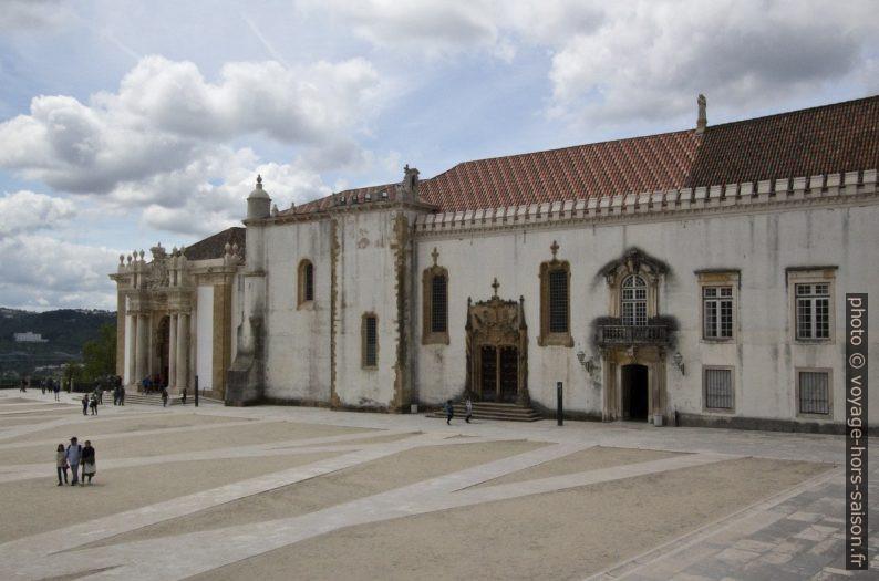 Biblioteca Joanina e Capela de São Miguel. Photo © André M. Winter