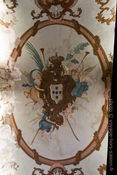 Peinture du plafond de la Sala dos Archeiros. Photo © André M. Winter