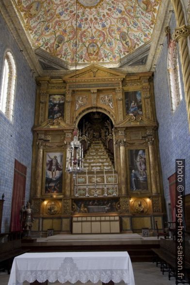 Autel en étages de la Capela de São Miguel. Photo © André M. Winter
