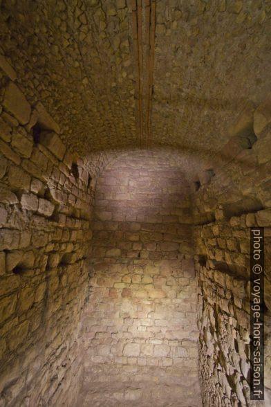 Voûte de soutient dans le cryptoportique de Coimbra. Photo © André M. Winter