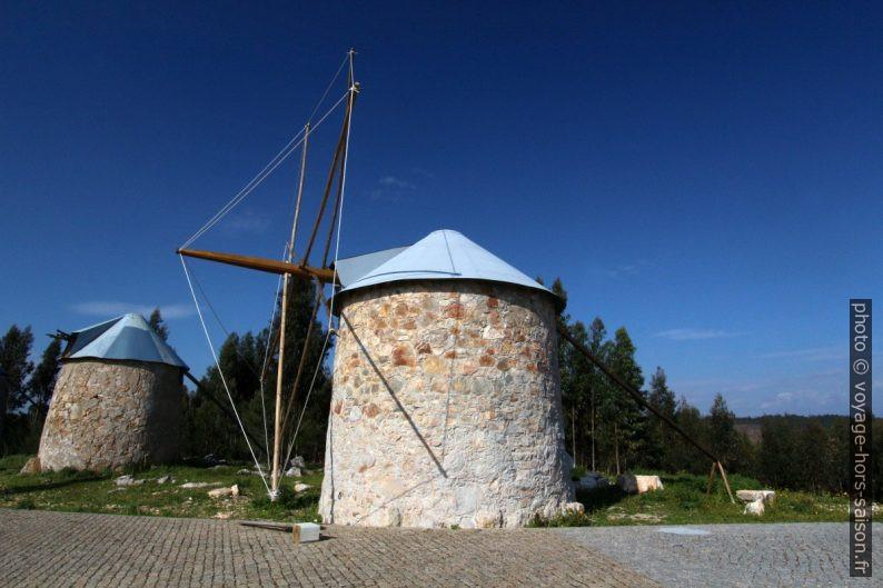 Un des moulins rénovés des Moinhos de Gavinhos. Photo © André M. Winter