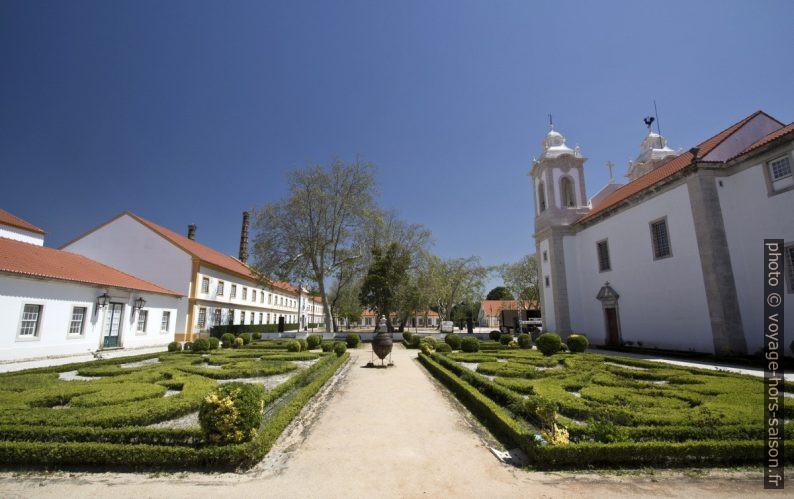 Cour de la fabrique de Vista Alegre. Photo © André M. Winter
