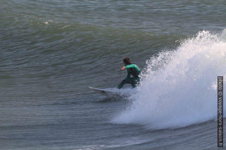 Le surfeur n'a pu faire qu'une courte distance. Photo © André M. Winter