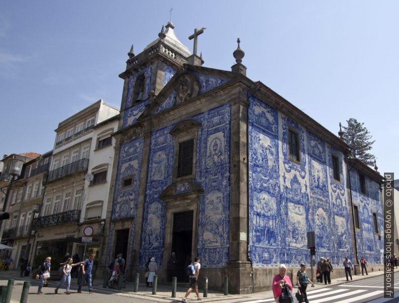 Capela das Almas couverte d'azulejos. Photo © André M. Winter