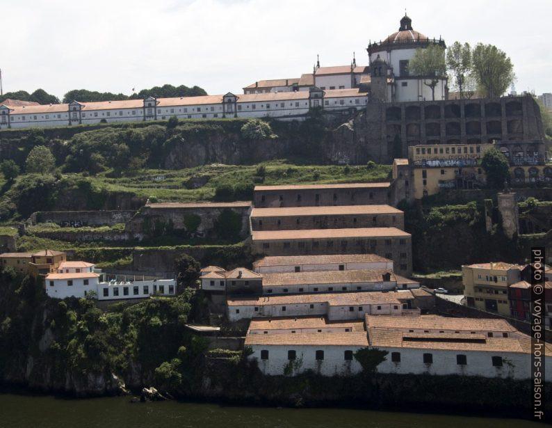 Mosteiro da Serra do Pilar vu du Pont Dom Luís I. Photo © André M. Winter