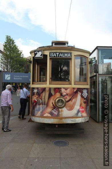 Tramway n°22 de Porto au terminus Batalha. Photo © André M. Winter