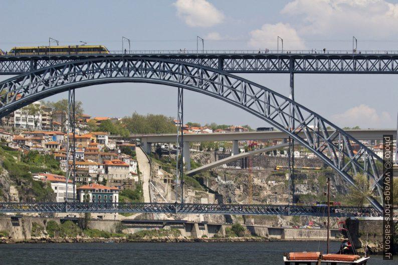 Ponte Luís I e Ponte do Infante. Photo © André M. Winter