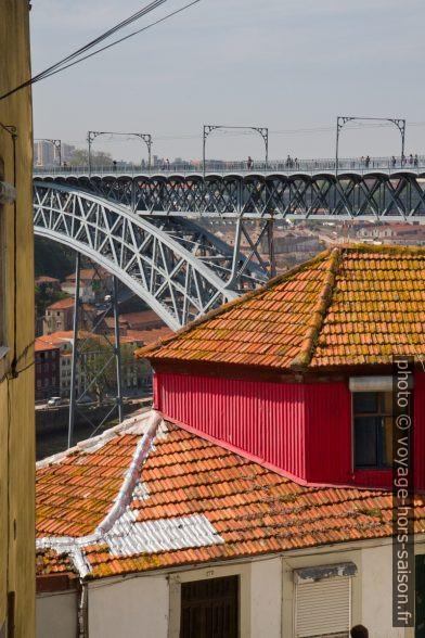 Tablier du Pont Dom Luís I. Photo © Alex Medwedeff