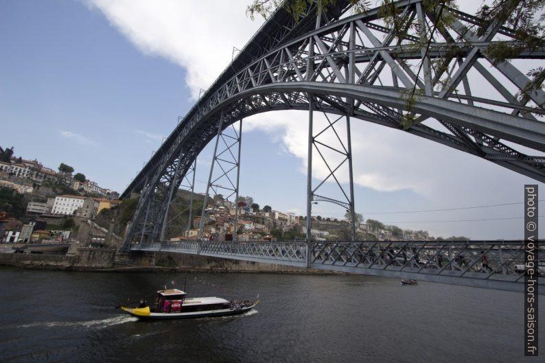 Ponte Luís I vu du niveau bas. Photo © André M. Winter