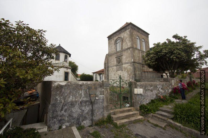 Tour octogonale et base du Farol da Luz. Photo © André M. Winter