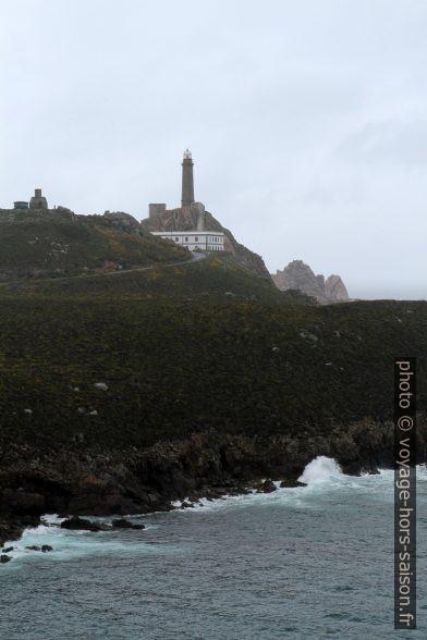 Cabo Vilán et ses phares par météo mauvaise. Photo © Alex Medwedeff