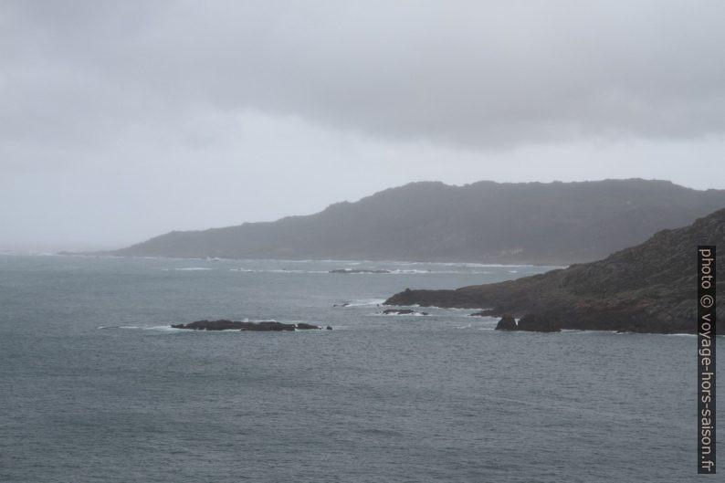 Punta Pedrosa et Cabo Trece. Photo © Alex Medwedeff