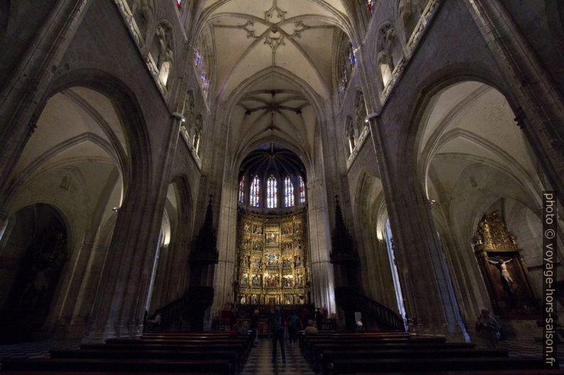 Nef de la cathédrale d'Oviedo. Photo © André M. Winter