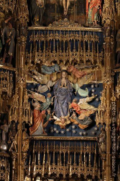 Asunción de la Virgen en el retablo mayor de la catedral de Oviedo. Photo © André M. Winter