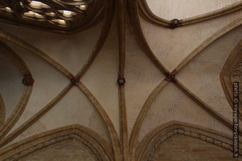Voûtes du cloître de la cathédrale d'Oviedo. Photo © André M. Winter