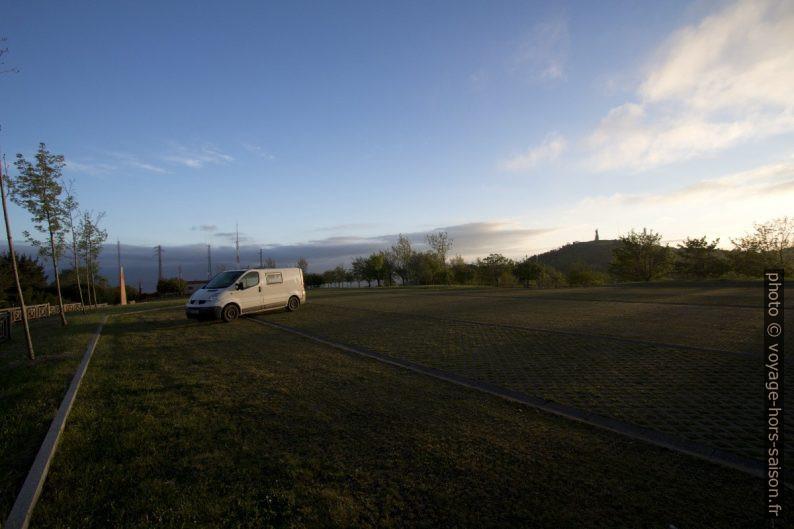 Notre Trafic au parking sous le Monte Naranco. Photo © André M. Winter