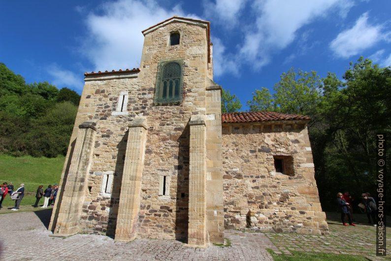 Face sud de l'église Saint-Michel-de-Lillo d'Oviedo. Photo © André M. Winter