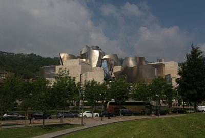 Guggenheim Bilbao Museoa. Photo © André M. Winter