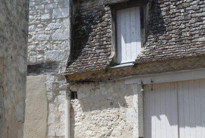 Lucarne d'accès sur une maison. Photo © Alex Medwedeff