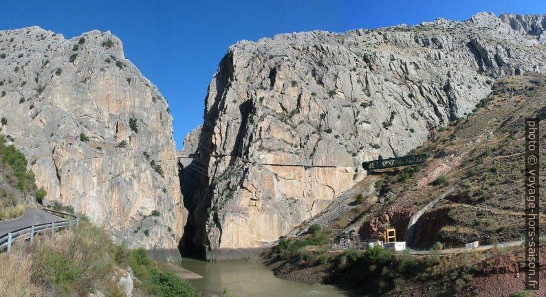 Le canyon El Chorro sort du Desfiladero de los Gaitanes. Photo © André M. Winter