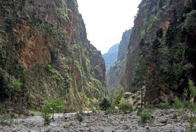Paysage dans les Gorges de Samaria. Photo © André M. Winter