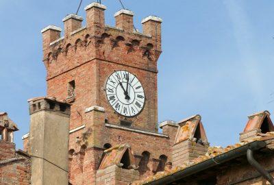 Il campanile del Palazzo Comunale. Photo © André M. Winter