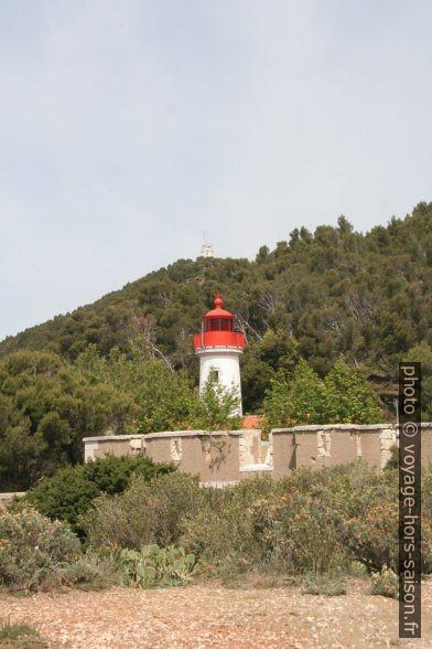 Fort, phare et sémaphore du Cap Blanc. Photo © André M. Winter