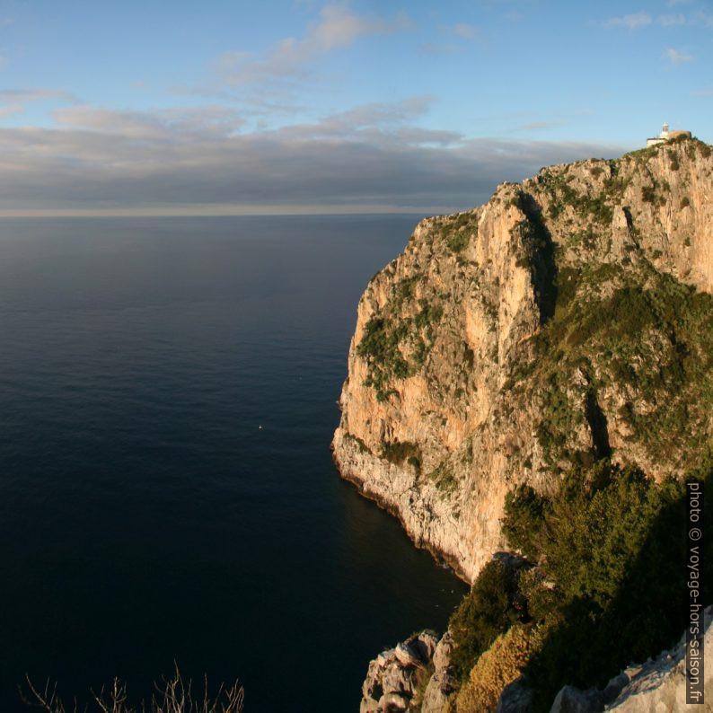 Face sud du Cap Palinuro. Photo © André M. Winter