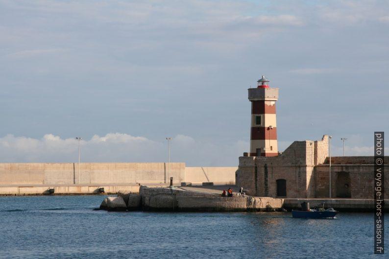 Faro di Monopoli. Photo © Alex Medwedeff