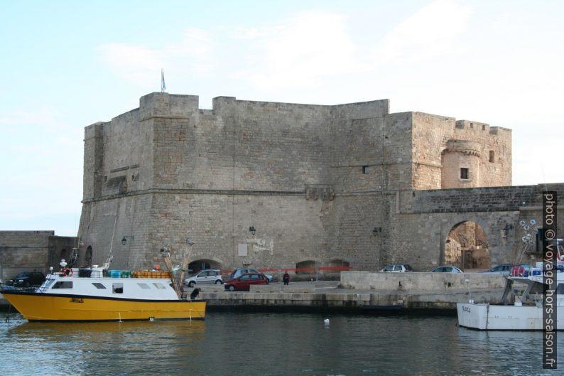 Castello Carlo V. Photo © André M. Winter