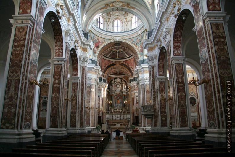Nef de la Cattedrale della Madonna della Madia. Photo © André M. Winter