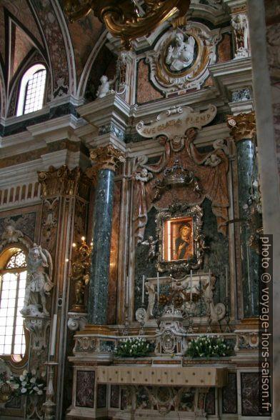 Icône de la Madonna della Madia à Monopoli. Photo © André M. Winter