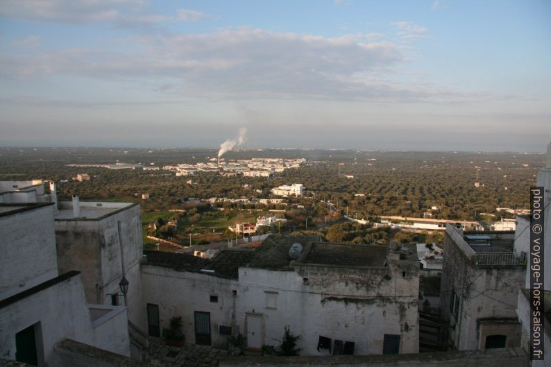 Zona Sisri industrielle au nord d'Ostuni. Photo © André M. Winter