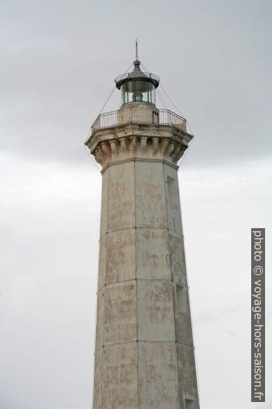 Lanterne du Phare de Torre Canne. Photo © Alex Medwedeff