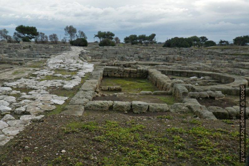 La Via Traiana dans la ville antique d'Egnazia. Photo © André M. Winter