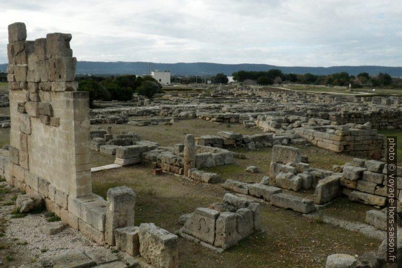 Temples de cultes orientaux à Egnazia. Photo © André M. Winter