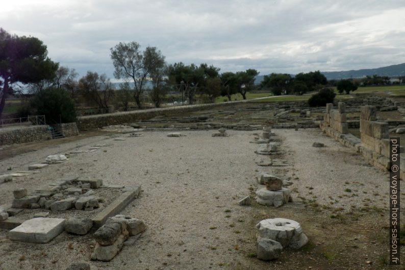 Basilique civile d'Egnazia. Photo © André M. Winter