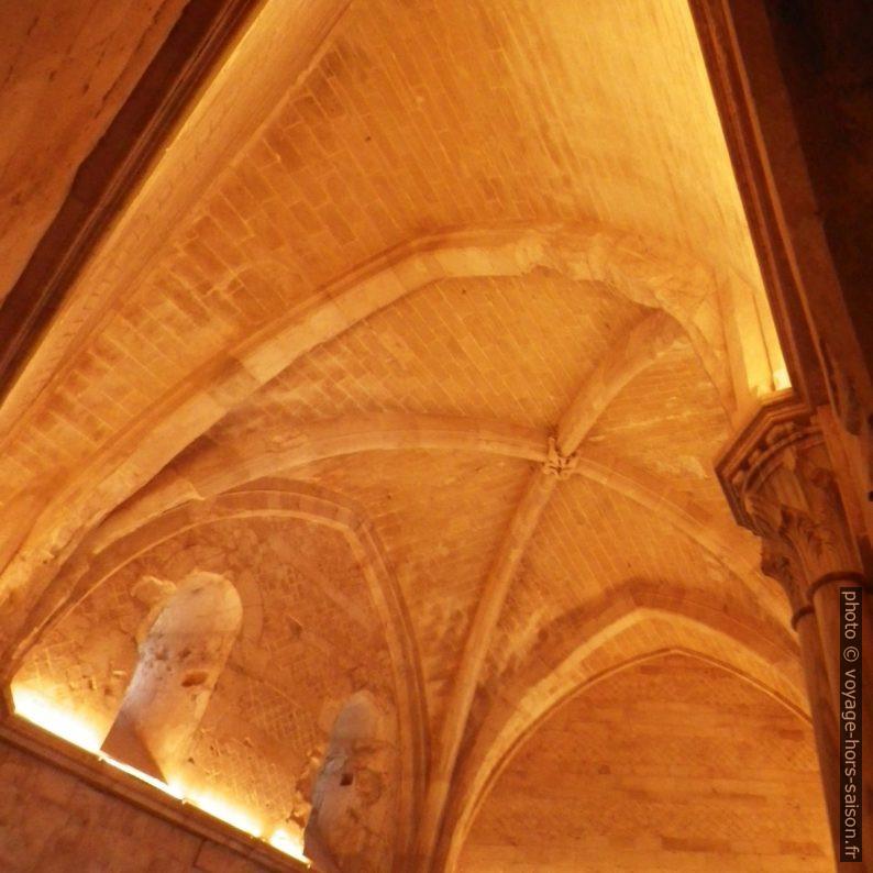 Chambre trapézoïdale du premier étage du Castel del Monte. Photo © André M. Winter