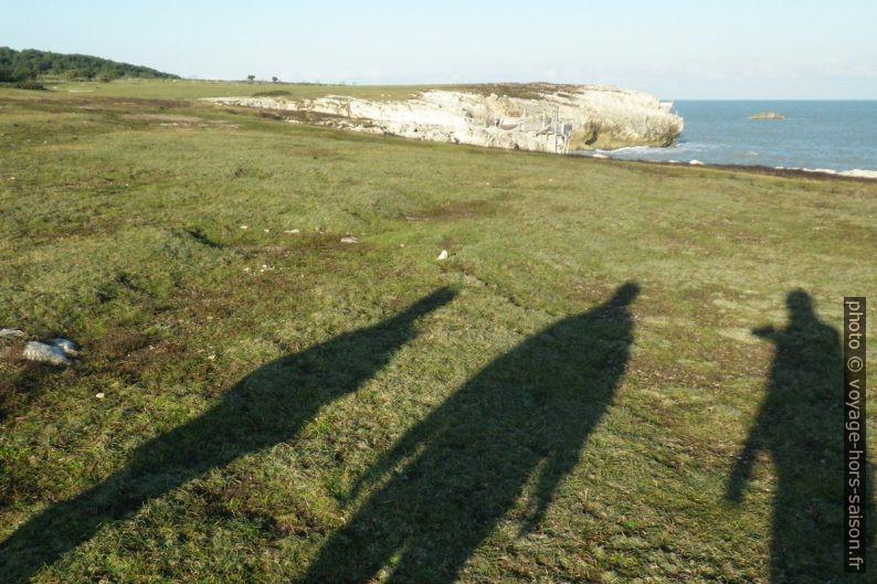Les ombres de Nicolas, Alex et André. Photo © André M. Winter