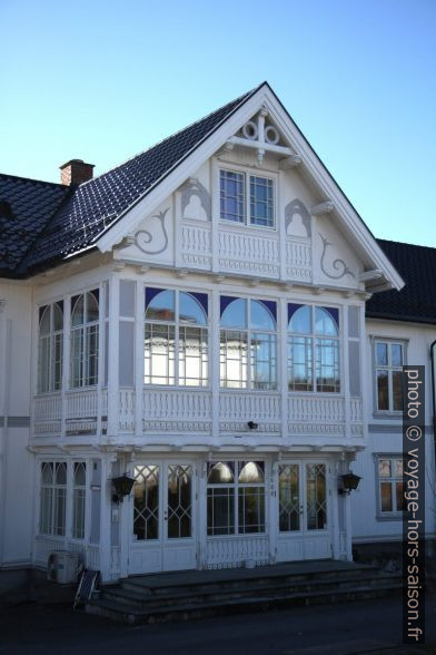 Véranda d'une grade maison à Kongsvinger. Photo © Alex Medwedeff