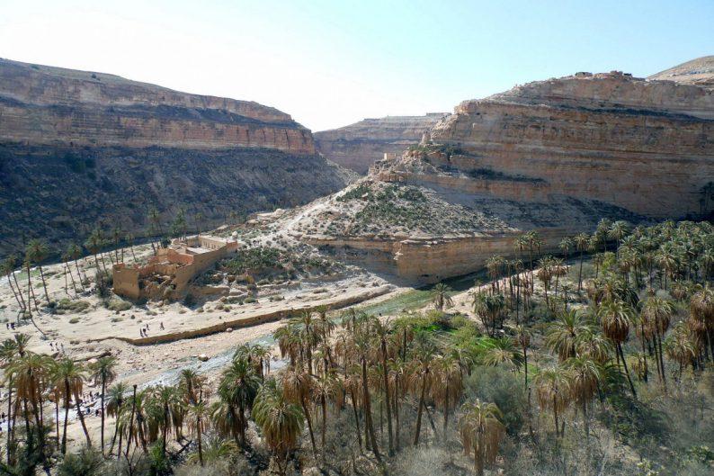 Batna dans les Gorges de Ghoufi, le terrain où Dorothée Chellier avançait sur dos de mulets. Photo Wikimedia CCSA3 SiroccoAures