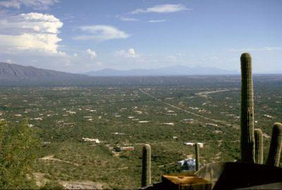 Vue des Santa Catalina Mountains vers Tuscon. Photo © André M. Winter