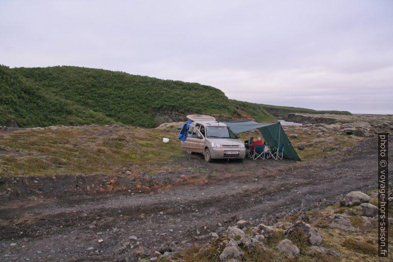 Notre camp entre les rivières Leirá et Hólmsá. Photo © André M. Winter
